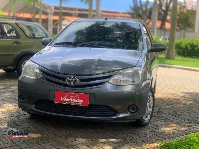 Toyota Etios 2013 1.3 HB XS 16V Flex 4P/ Ar Condicionado/ Completo - Foto 9