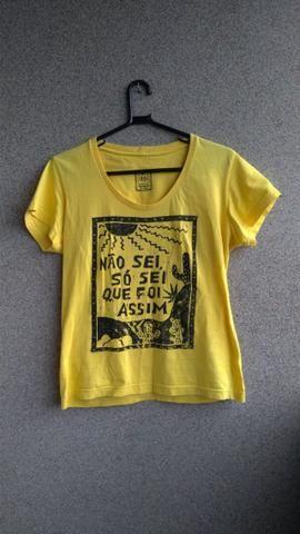 Blusas/Camisas femininas - Foto 2