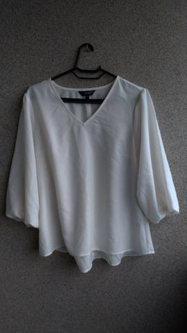 Blusas femininas e vestido - Foto 4