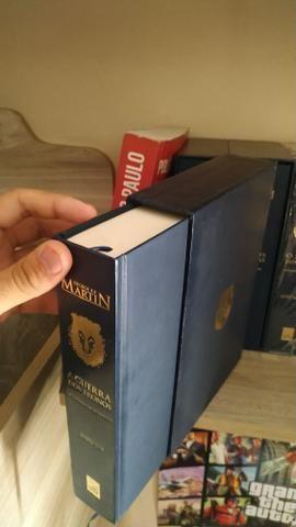 Coleção livros as crônicas de gelo e fogo (game of thrones) versão luxo - Foto 2