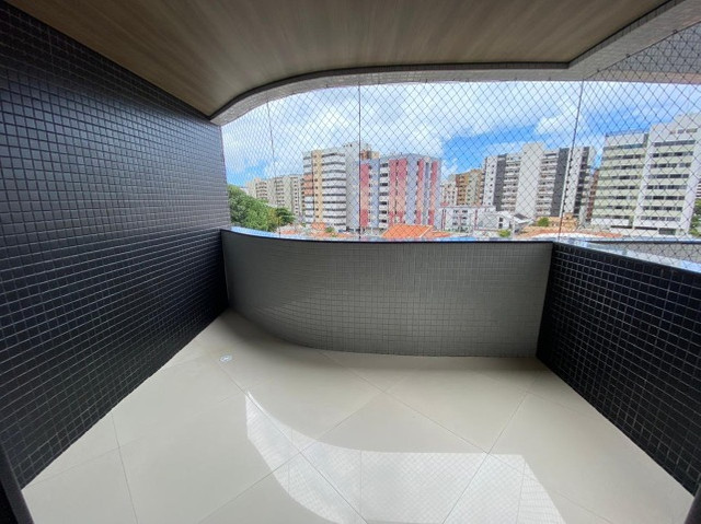 Apartamento a venda com 158m² com 4 quartos na Ponta Verde