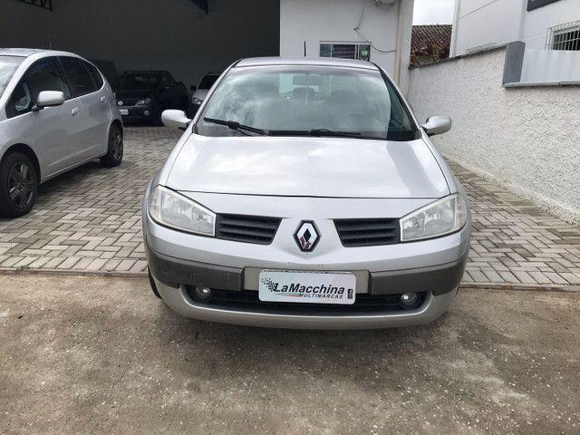Renault Megane Sedan 2.0 aut.! - Foto 2