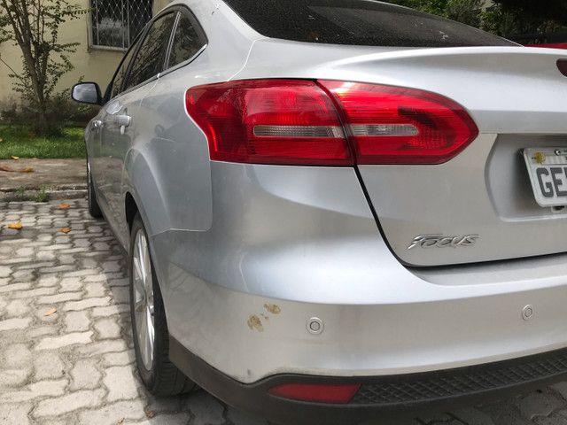 Ford Focus Sedan 2.0 Titanium automático com Teto - Foto 6