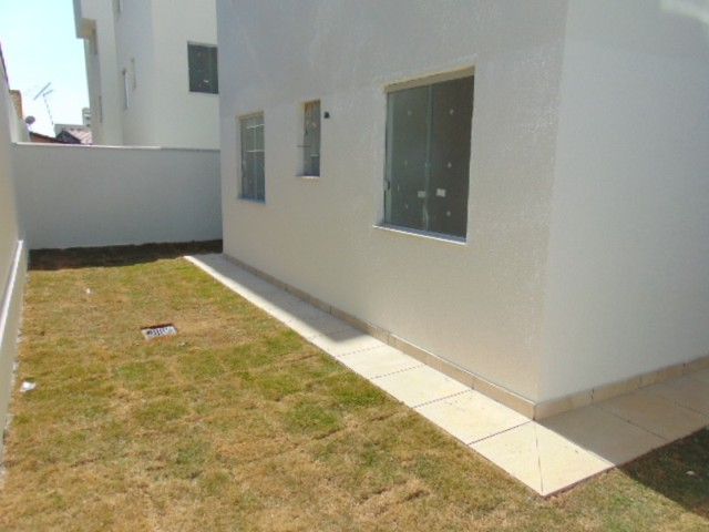 Lindo apto com excelente área privativa de 2 quartos em ótima localização B. Sta Branca.