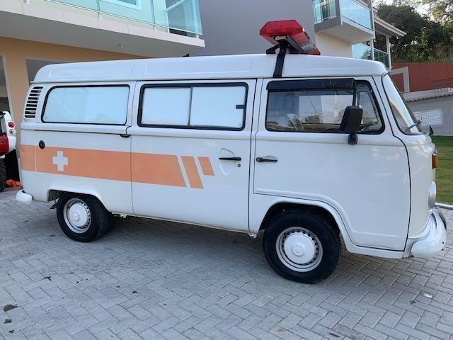 Kombi 2005 12.000km rodados Ambulancia Reliquia Raridade Unica - Foto 4