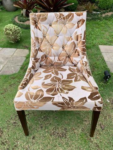 Duas cadeiras estofadas com madeira!!! - Foto 3