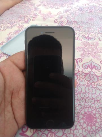 IPhone 8 - 64GB Cinza espacial