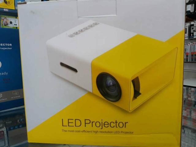 Mini projetor 600 lumens
