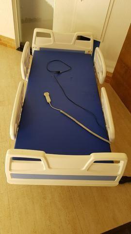 Cama hospitalar elétrica de 3 movimentos - Foto 3