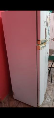 Vendo essa geladeira - Foto 3