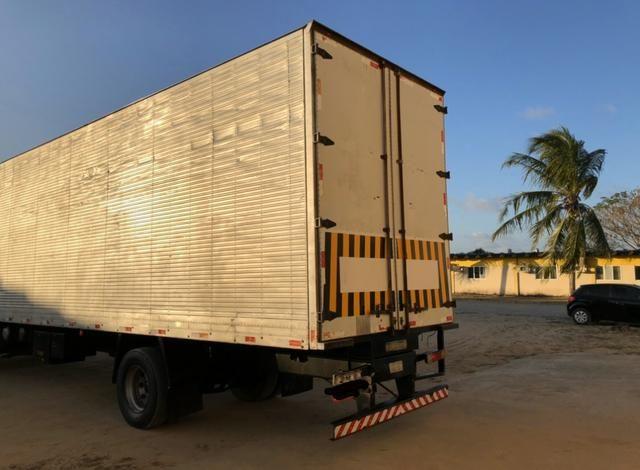 Caminhão mercedes 1718/2011 - Foto 4