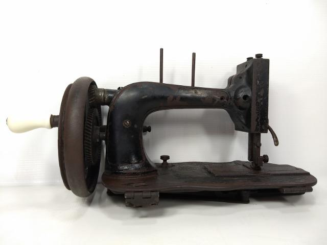 Antiga De Máquina Costura Manual Manivela Retro Vintage Raro
