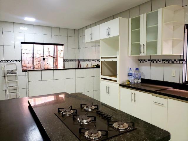 Excelente localização, Rua 08, 03 quartos, 01 suíte com closet, lote 400m² - Foto 3