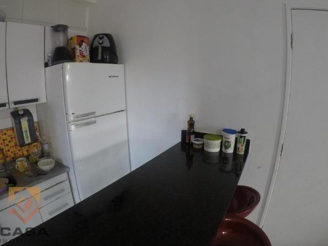 FM - Excelente apartamento 2 quartos térreo com fechamento de varanda - Praia da Baleia - Foto 2