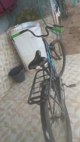 Vendo essa bicicleta ta tudo novo so hj - Foto 3
