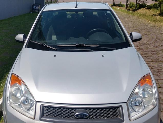 Fiesta sedan 1.0.$18.800 - Foto 11