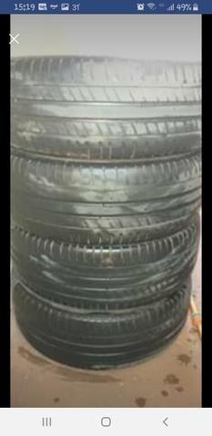 """Jogo de rodas de ferro 16"""" com pneus Michelin - Foto 3"""