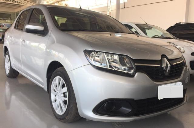 Renault Logan Expression 1.0 14/14