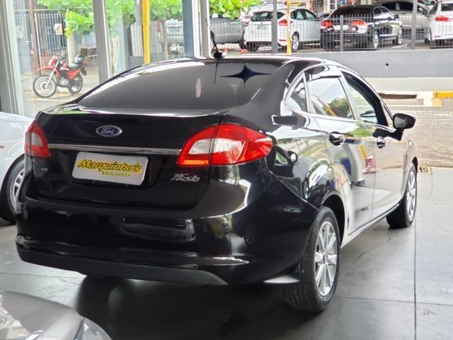 Ford Fiesta SE Sedan 2011 - Foto 2