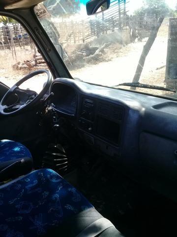 Vendo caminhão k2700 - Foto 3