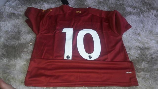 Camisa do liverpool e do Barcelona - Foto 4