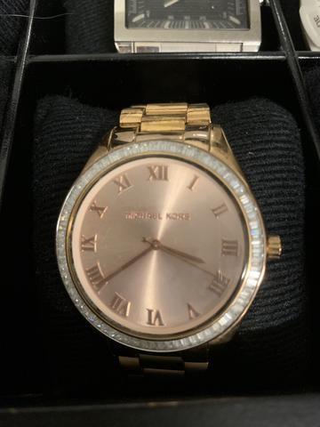 b76495c91815a Relógio Michael Kors semi novo rose - Bijouterias, relógios e ...