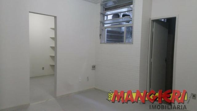 Aluga-se salas em galeria no Bairro São José - Foto 8