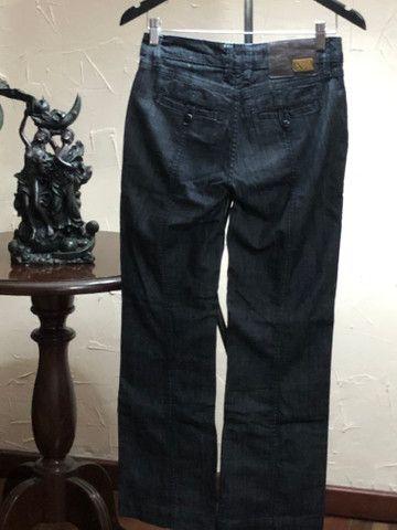 Calça jeans grafite marca Canal