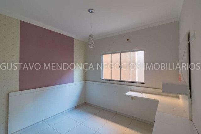 Casa rica em planejados com 3 quartos no Rita Vieira! - Foto 14