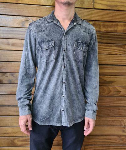 Camisa Calvin Klein estonada marmorizada
