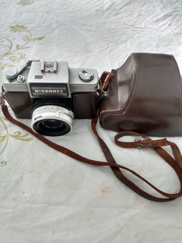 Máquina de fotografia antiga nikkorex R$ 350,00 whatsapp * - Foto 6