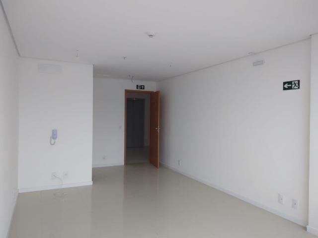 Sala comercial no Centro de Lavras *Garagem Exclusiva! AVCB aprovado! - Foto 8