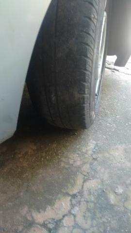 Vendo rodas 14 ou troco em pneus 17 205 40