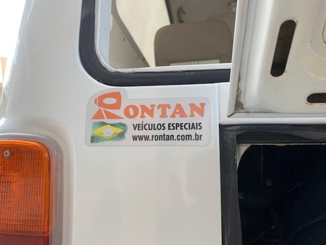 Kombi 2005 12.000km rodados Ambulancia Reliquia Raridade Unica - Foto 17