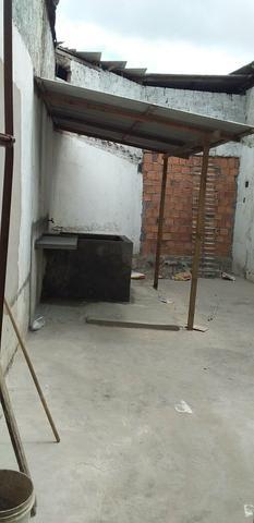 Casa de 2 pavimentos, reformada recentemente, situada no Sacavém - Foto 9