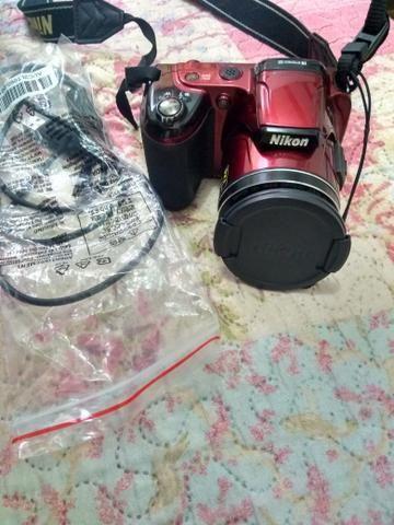 Câmera semi profissional Nikon I810