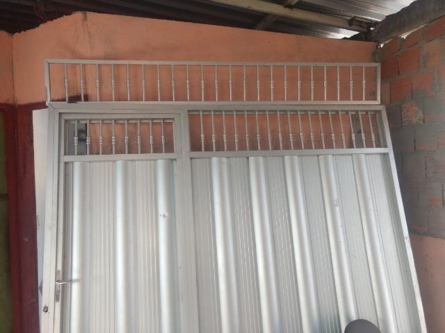 Vende-se este portão de alumínio - Foto 2