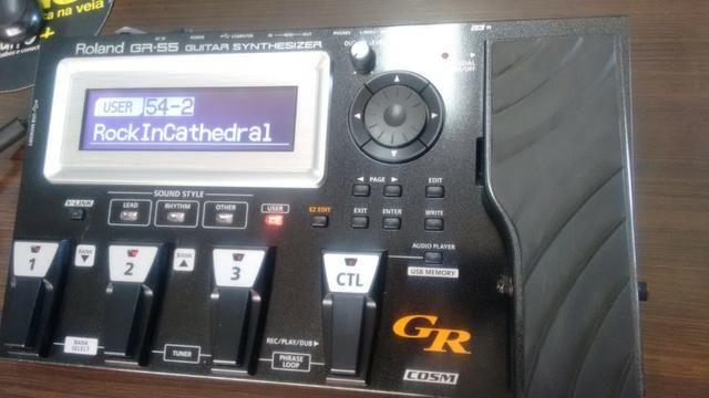 Pedaleira Roland GR-55 + Captador GK3 e cabo midi - * Imperdível