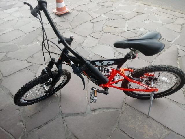 Bicicleta aro 20 com Suspensão ( Produto Semi Novo )