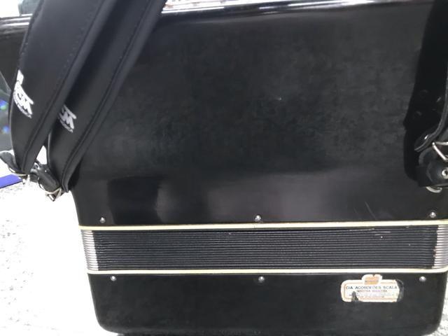 Acordeon / sanfona sacala 120 baixos reduzida elétrica linda original - Foto 5