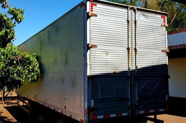 Baú caminhão trucado - Foto 2