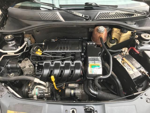 Renault - Clio Privilege 1.0 - 2004 - Foto 5