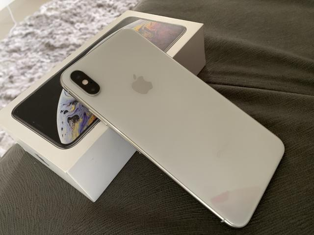 IPhone XS Max silver 4.000,00 à vista - Foto 4