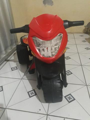 VENDO Está linda Moto Eletricada Marca Banderante - Foto 2