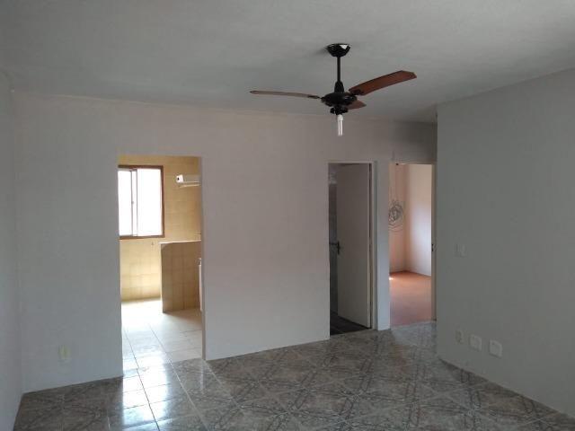Apartamento 2 Dormitórios com Box Garagem, Centro, Esteio - Foto 3