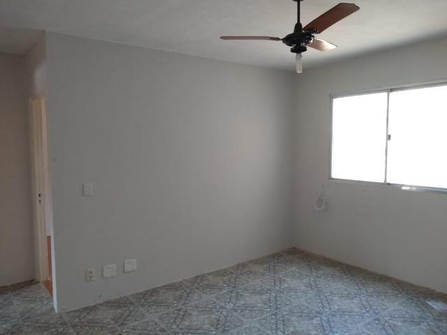 Apartamento 2 Dormitórios com Box Garagem, Centro, Esteio - Foto 2