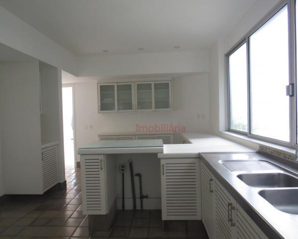 Apartamento de 330 m², lindo, na parte mais nobre e valorizada da Av. Vieira Souto, junto  - Foto 17