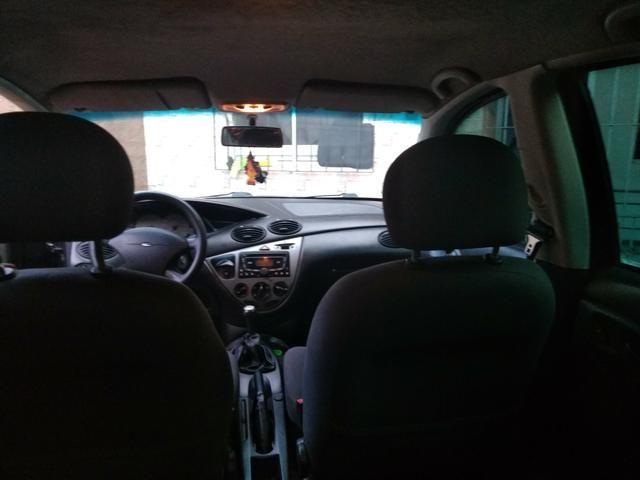 Focus sedan 1.6 glx zetec