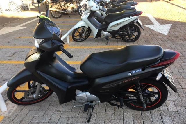 Moto BIZ 125 EX/ 125 EX FLEX modelo está em ótimo - Foto 2