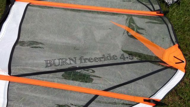 Vela Windsurf Burn FreeRide 4,5 -Usada somente uma vez - Foto 2